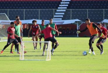 Osmar Loss realiza treino tático e foca na finalização | Divulgação | EC Vitória