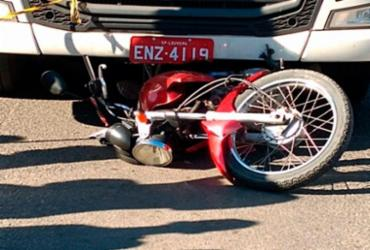 Motociclista morre após ser atropelado por carreta em Feira de Santana | Reprodução | Acorda Cidade