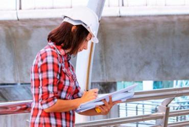 Programa piloto promove capacitação em construção civil para mulheres | Divulgação | Freepik