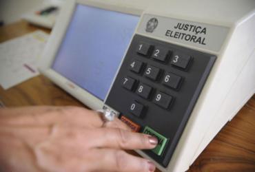 TSE vai comprar 180 mil urnas eletrônicas para eleições de 2020 | Fábio Pozzebom l Agência Brasil