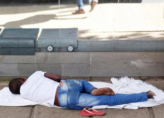 Pessoas em situação de rua são alvo de censo em Salvador | Raul Spinassé | Ag. A TARDE