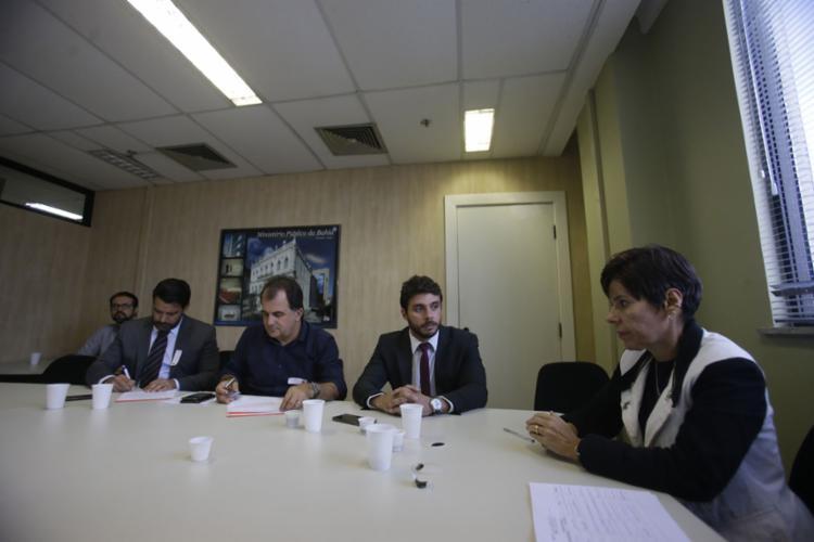 Reunião foi realizada na sede do MP-BA, em Nazaré, nesta quarta-feira, 24 (Foto: Raul Spinassé l Ag. A TARDE)