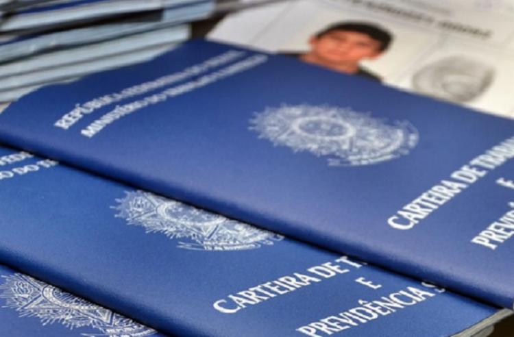 Abono será concedido para quem ganha até R$1.364,43 - Foto: Divulgação