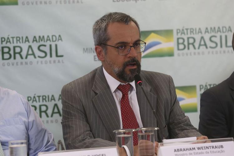 Segundo o ministro da Educação, Abraham Weintraub, transformação digital vai agilizar acesso a 99 serviços do ministério - Foto: Antonio Cruz l Agência Brasil
