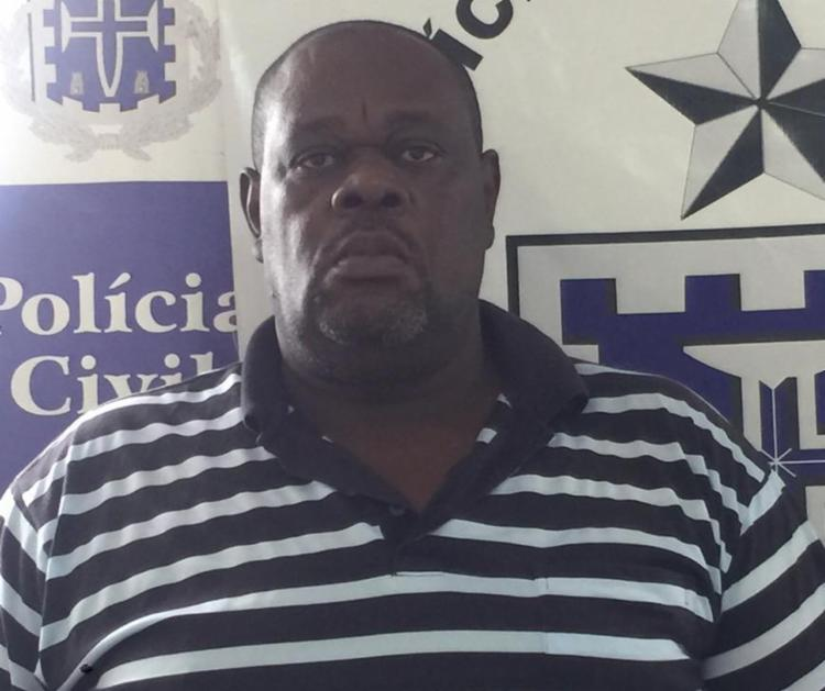 O crime vinha sendo cometido por Roque Cunha dos Santos, de 55 anos, há pelo menos seis meses. - Foto: Divulgação | Polícia Civil