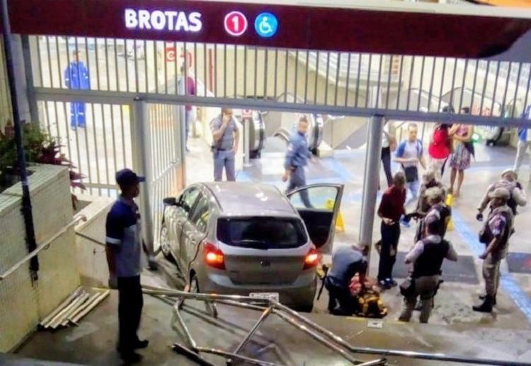 Acidente aconteceu na entrada da Estação Metrô Brotas - Foto: Reprodução   Twitter