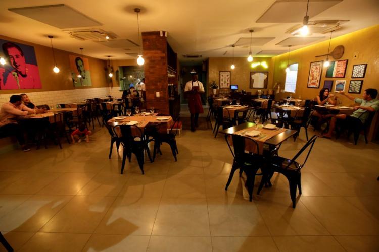 A pizzaria Acqua & Farina foi aberta em abril deste ano - Foto: Adilton Venegeroles | Ag. A TARDE
