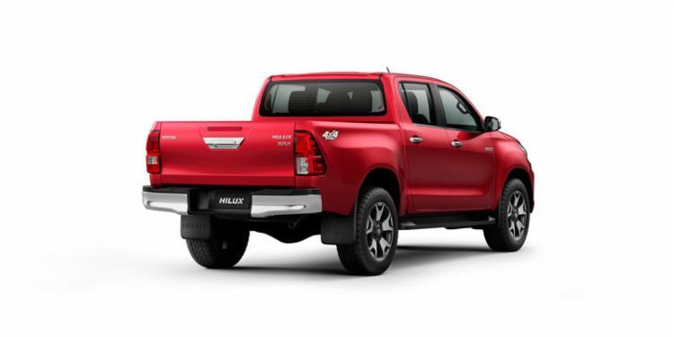 São 12 versões da líder Toyota Hilux