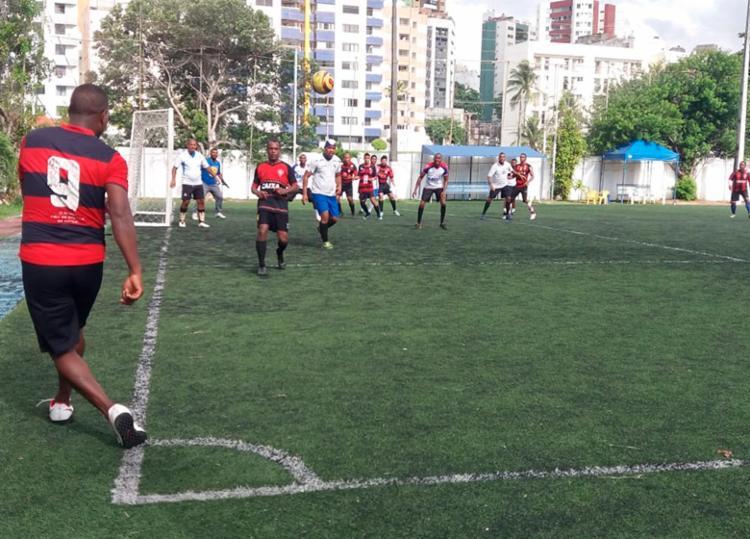 Qualquer pessoa pode participar do evento realizado no campo da Aceb, no bairro Costa Azul - Foto: Divulgação | SSP-BA