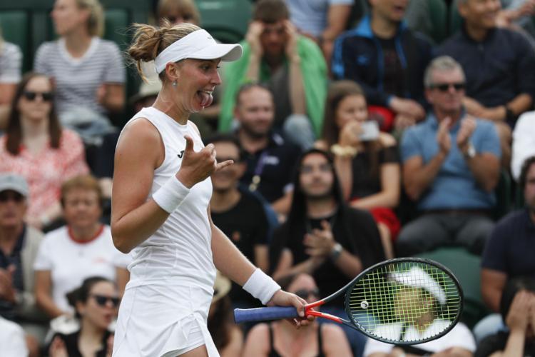 A tenista brasileira é a atual 121ª colocada do ranking feminino - Foto: Adrian Dennis l AFP