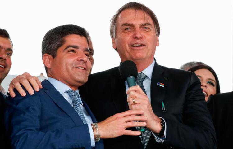 O prefeito de Salvador dividiu o palco com a comitiva presidencial - Foto: Alan Santos l PR