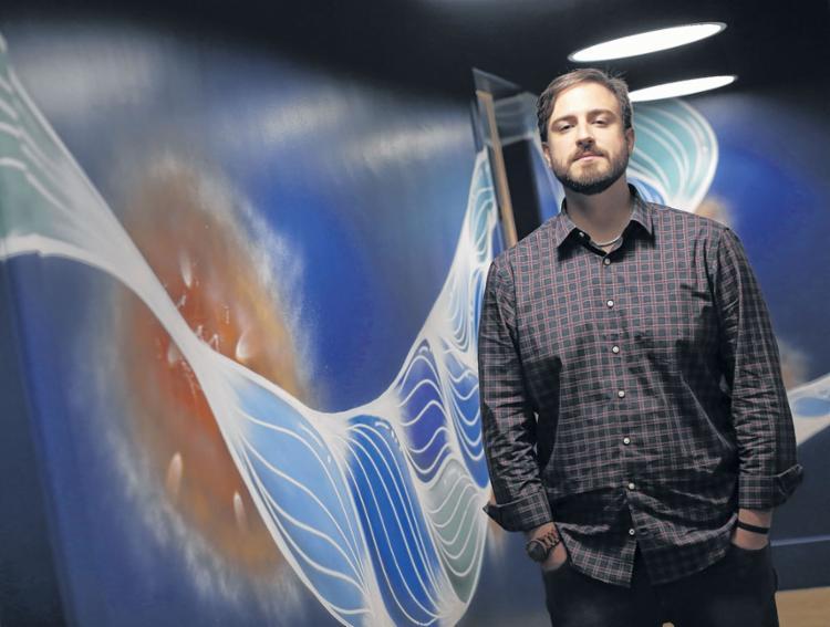 O arquiteto Vitor Dauster alerta para vantagens na renegociação com fornecedores - Foto: Rafael Martins | Ag. A TARDE