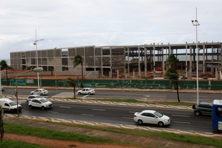 Centro de Convenções de Salvador Antônio Carlos Magalhães, na Boca do Rio, está previsto para ser inaugurado em dezembro deste ano - Foto: Luciano da Mata | Ag. A TARDE | 6.6.2019
