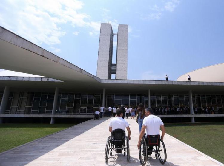Lei de Cotas para Deficientes apresenta resultados aquém do esperado - Foto: Marcelo Camargo I Agência Brasil