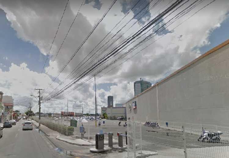 Tentativa aconteceu na rua Coronel José Pinto, fundo do Boulevard Shopping - Foto: Reprodução I Google Street View