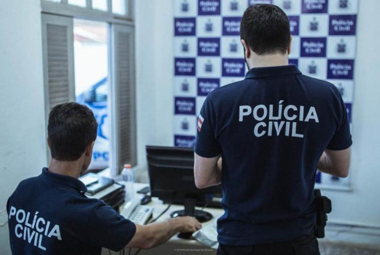 Uma jovem de 16 anos foi apreendida suspeita de envolvimento nos crimes - Foto: Divulgação | Polícia Civil