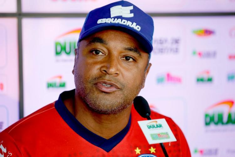 Roger alertou para a sequência de seis jogos sem vencer do Esquadrão - Foto: Felipe Oliveira | EC Bahia