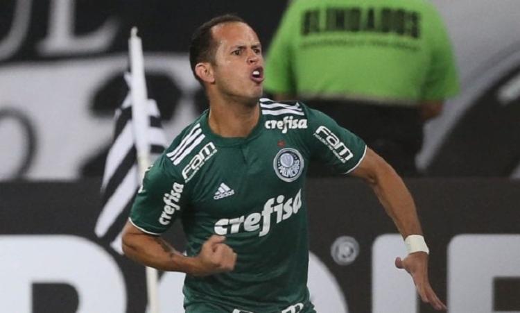 Meia pertence ao Palmeiras e chega por empréstimo até o fim de dezembro - Foto: Reprodução | SE Palmeiras