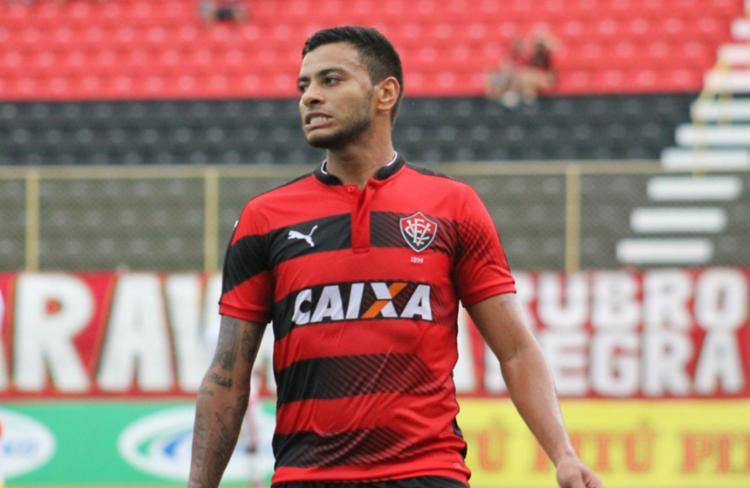 Meia foi contratado pelo clube no início de 2017 - Foto: Divulgação | EC Vitória