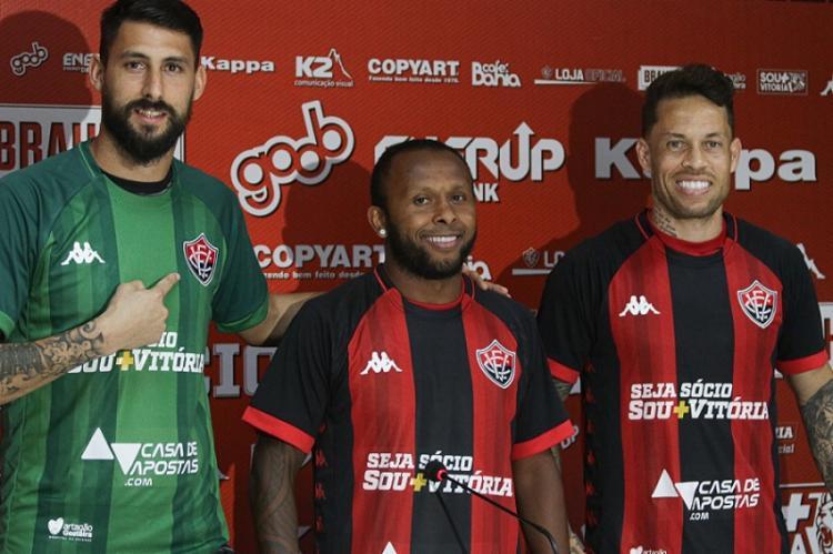 Rodriguez, Chiquinho e Baraka foram apresentados nesta manhã