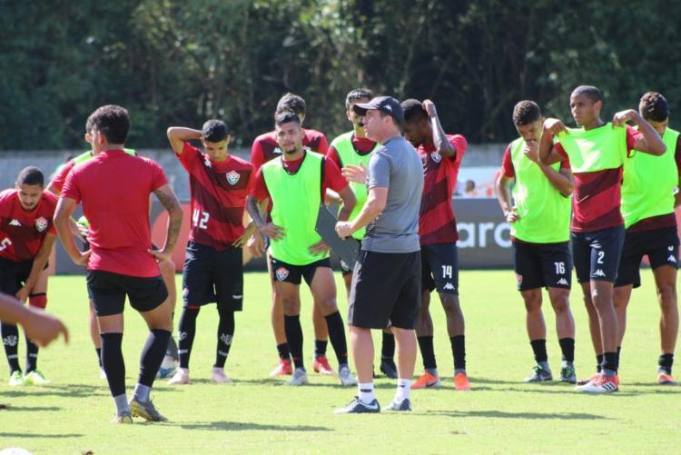 Para a partida desta terça, o Vitória não contará com os atacantes Felipe Garcia e Matheus Silva - Foto: Divulgação   EC Vitória
