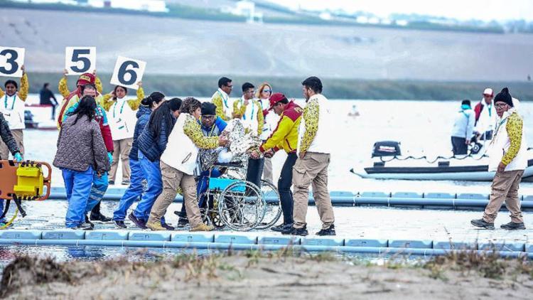 Na prova de C2 1.000 metros, pouco antes da metade da prova, Erlon Souza (à frente) caiu desmaiado sobre a canoa - Foto: Danilo Borges l Secretaria Especial do Esporte