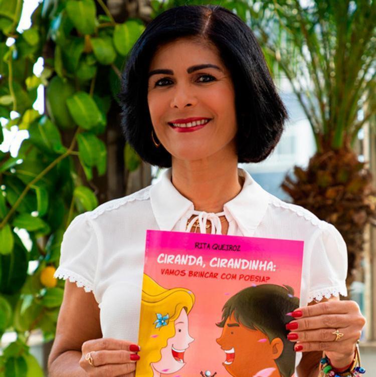 Livro de poesias tem espaço dedicado a pintura e escrita para crianças - Foto: Gilucci Augusto   Divulgação