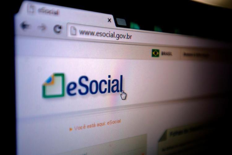 O eSocial é uma ferramenta que reúne os dados trabalhistas, fiscais e previdenciários - Foto: Marcelo Camargo | Agência Brasil