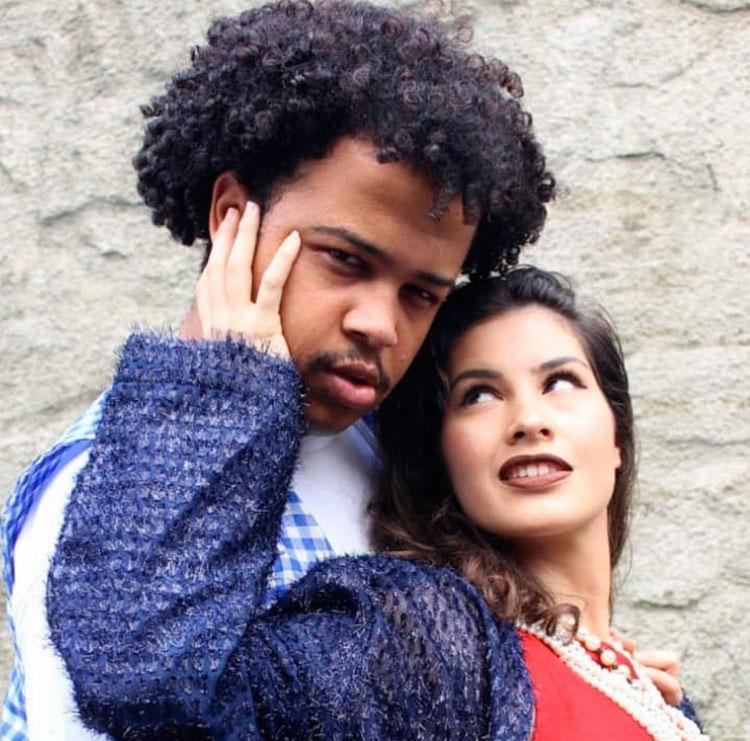 Peça é uma comédia de costumes que trata de temas variados - Foto: Sirley Souza | Divulgação