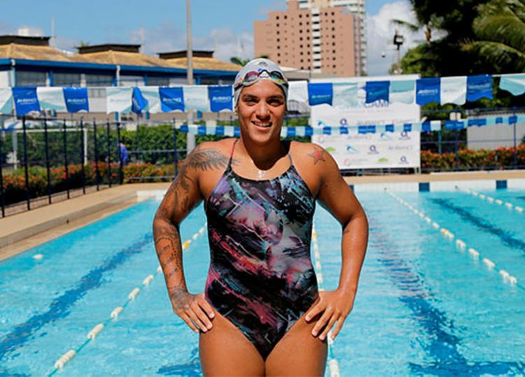 Baiana, de 27 anos, já conquistou nove medalhas nas maratonas aquáticas - Foto: Gilberto Junior | Ag. A TARDE