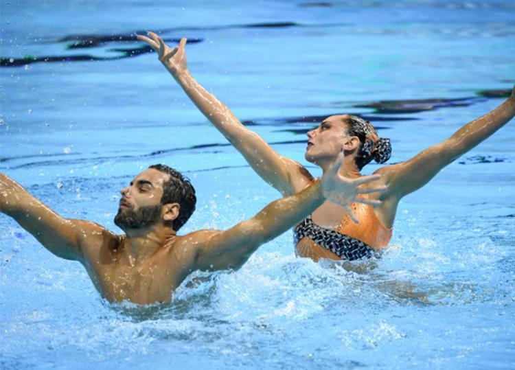 Giovana Stephan e Renan Alcantara conseguiram a classificação no sétimo lugar - Foto: Ed Jones | AFP