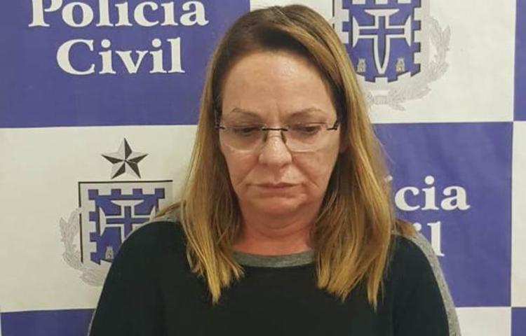 Cássia Gomes já foi presa em São Paulo e Santa Catarina por estelionato - Foto: Divulgação   Polícia Civil