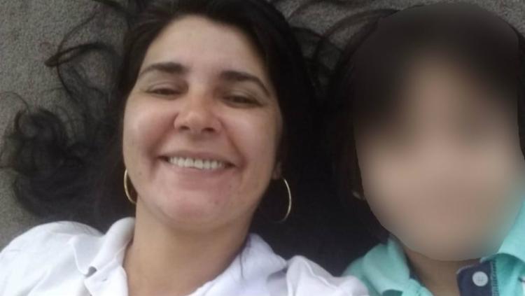 Rosilaine para tentar reverter a decisão judicial que a perda da guarda de seu filho - Foto: Arquivo Pessoal