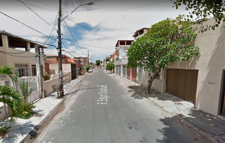 Suspeitos abordaram o idoso na última quinta-feira, 4 - Foto: Reprodução | Google Maps