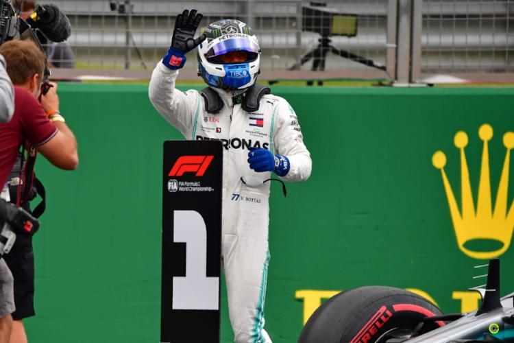 Será a décima vez que Bottas vai largar na primeira colocação na carreira - Foto: Andrej Isakovic | AFP