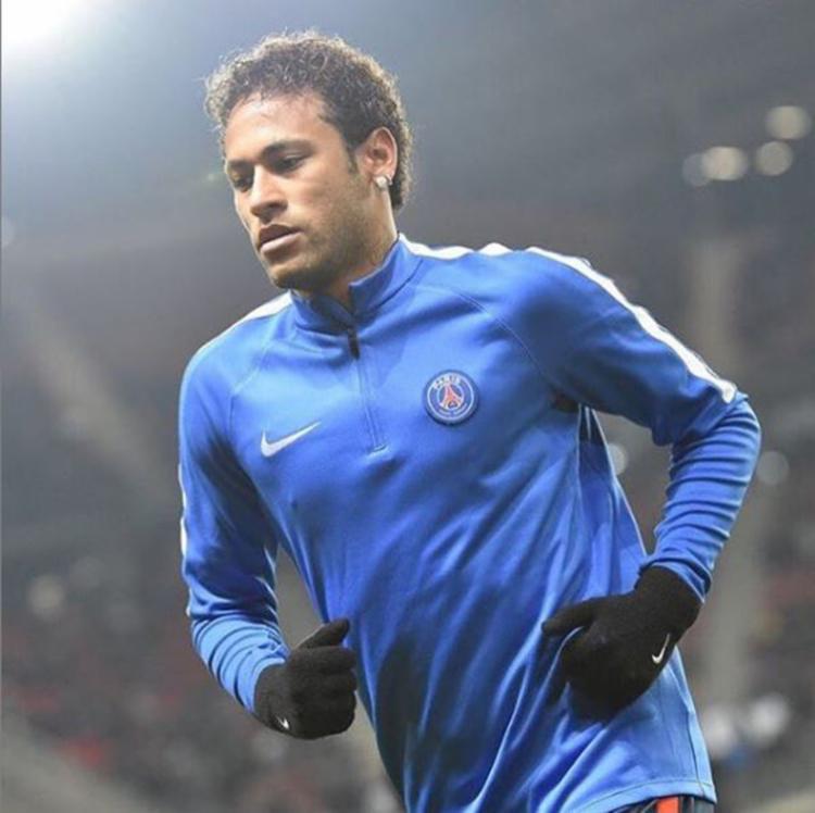 Muito se fala que o Paris Saint-Germain já aceitou diminuir o valor da transferência de Neymar para 222 milhões de euros (R$ 975 milhões) - Foto: Reprodução | Instagram