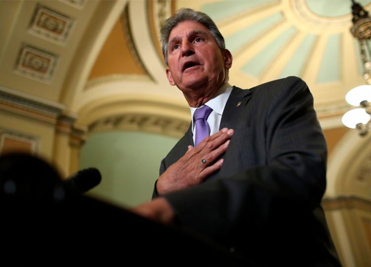 Projeto de lei foi apresentado pelo senador da Virgínia Ocidental, Joe Manchin - Foto: Win Mcnamee | AFP