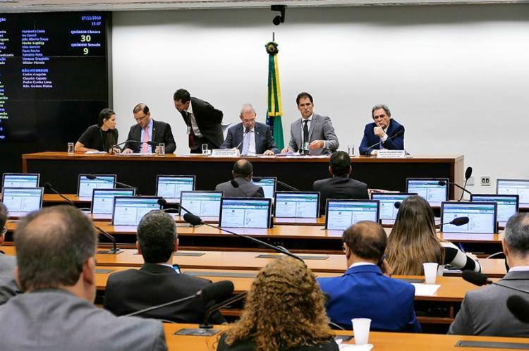 Análise do parecer pela comissão foi adiada por causa da votação da reforma da Previdência - Foto: Roque de Sá | Agência Senado