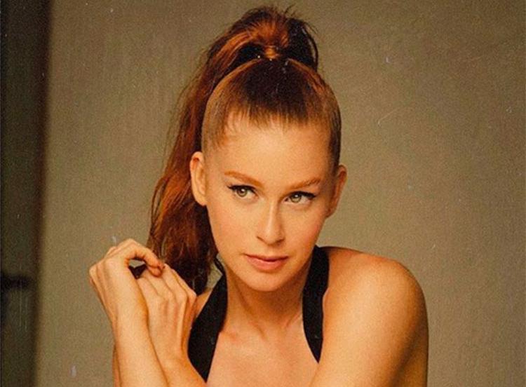 Ruiva natural, a atriz nunca havia feito grandes mudanças no cabelo - Foto: Reprodução | Instagram