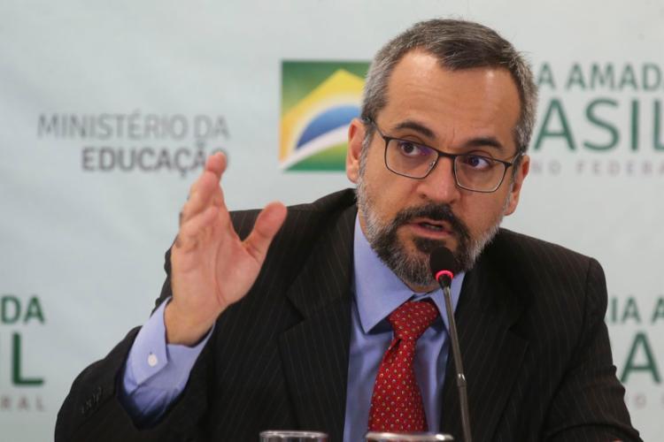 O verbete sobre Weintraub na Wikipédia foi criado em 8 de abril - Foto: Antonio Cruz   Agência Brasil