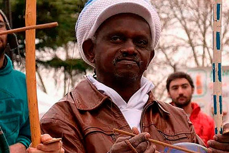 Mestre Moa foi assassinado em outubro do ano passado e se tornou símbolo na luta por resistência e cultura na Bahia e no Brasil - Foto: Divulgação