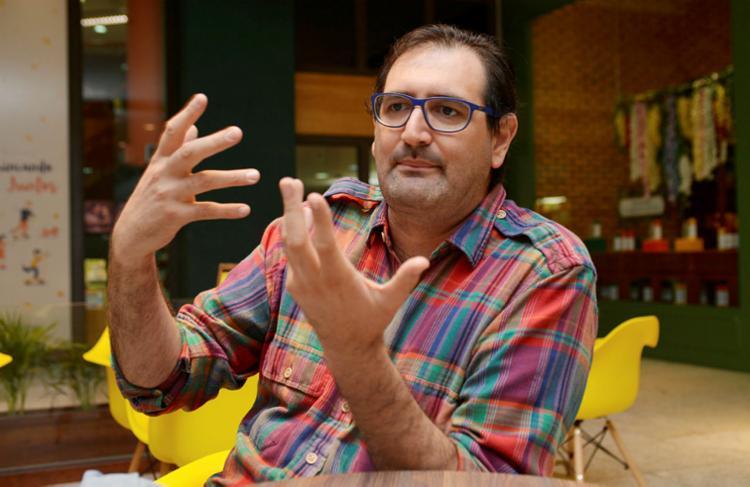 Alejandro Castañé reuniu especialistas no assunto - Foto: Shirley Stolze I Ag. A TARDE