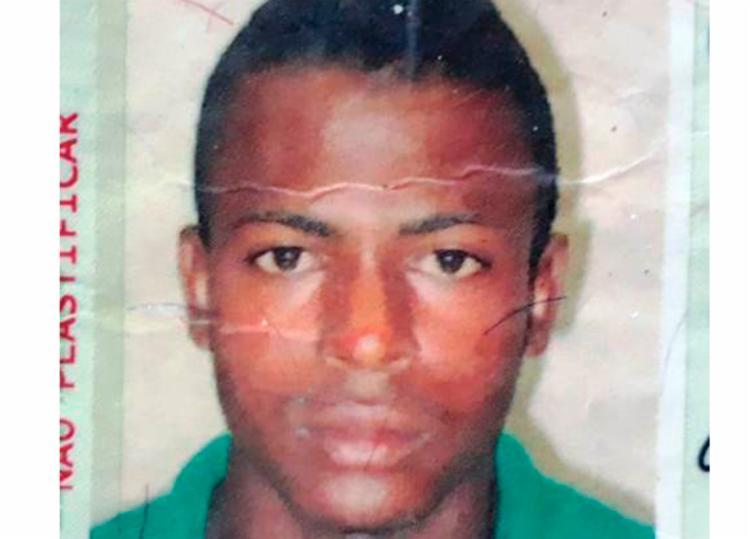 Vítima estava na rua onde morava quando foi atacado - Foto: Divulgação | Acorda Cidade