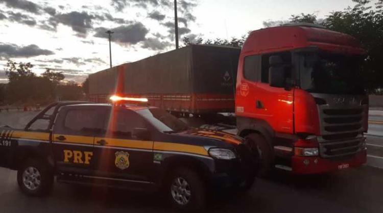 Condutor do veículo alegou que seu contratante adquiriu o veículo há cerca de 10 dias - Foto: Divulgação | PRF