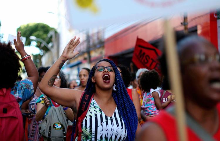Pesquisa constatou que 81% das vítimas do discurso de ódio na internet são mulheres negras entre 20 e 35 anos - Foto: Adilton Venegeroles   Ag. A Tarde