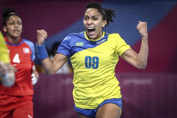 A seleção feminina do Brasil é favorita ao ouro no handebol - Foto: Wander Roberto | COB