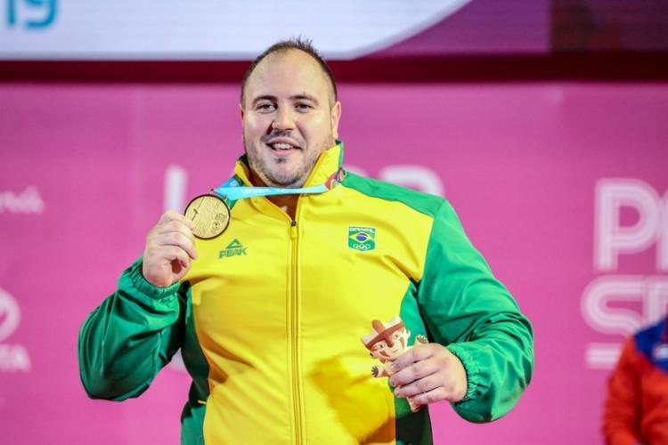 Fernando venceu com 190kg no arranco e 230kg no arremesso - Foto: Pedro Ramos I Rede do Esporte