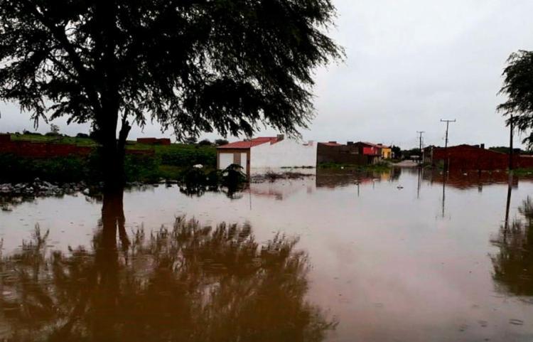 Fornecimento de água deve ser normalizado na noite desta quinta - Foto: Divulgação | Corpo de Bombeiros de Paulo Afonso