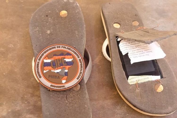 Durante a vistoria, a polícia encontrou também mais dois aparelhos - Foto: Reprodução | Acorda Cidade