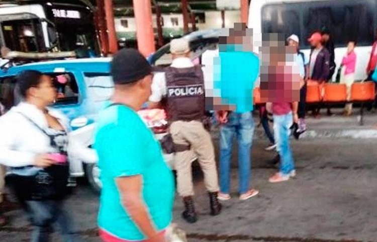 O flagrante aconteceu no interior da Estação de Transbordo Central da cidade - Foto: Reprodução | Blog Central de Polícia